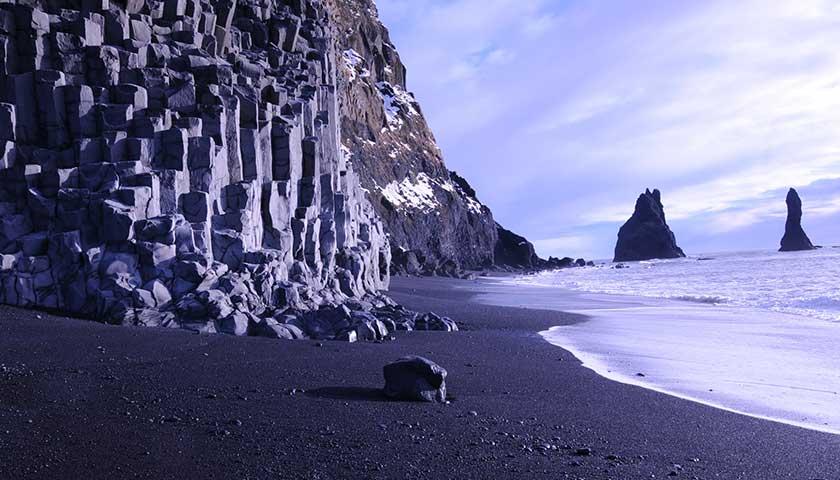 รีวิวหาดทรายดำ Reynisfjara